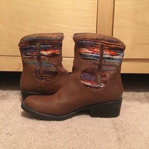 Mossimo Brown Ankle Boots